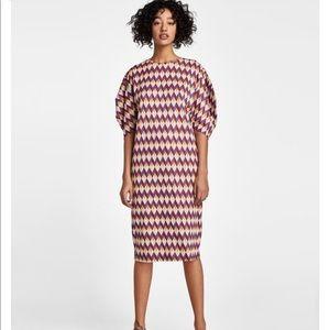 Zara Chevron Geometric Midi Dress w/ Full Sleeves